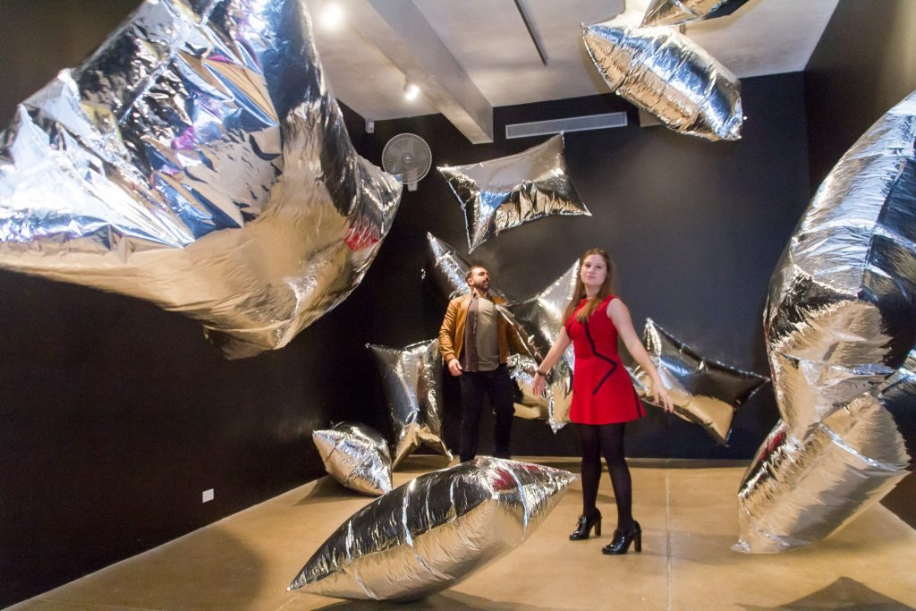 andy-warhol-museum-silver-clouds-1